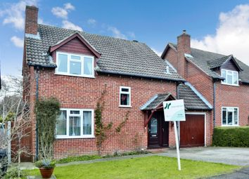 Thumbnail 4 bed link-detached house for sale in Medway Close, Thatcham