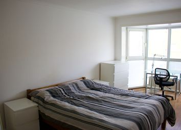 Room to rent in Finland Street, London SE16