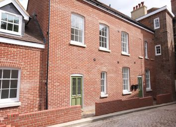 Thumbnail 2 bedroom flat to rent in Winchester