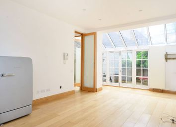 Thumbnail 3 bed flat to rent in Princeton Street, Bloomsbury