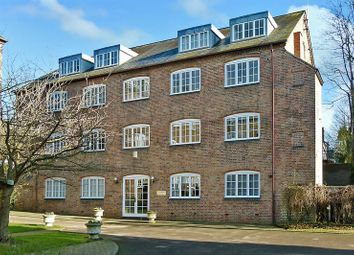 Thumbnail 2 bed flat for sale in Abbey Mill Lane, St.Albans