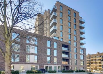 Thumbnail 1 bed flat to rent in Sandpiper, 44 Newnton Close, London