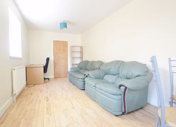 Thumbnail 2 bed flat to rent in Courthill Road, Lewisham, London
