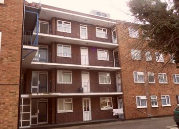 Thumbnail 1 bedroom flat to rent in High Street South, Dunstable