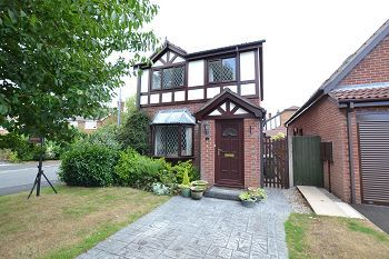 Thumbnail 3 bed detached house to rent in Hayfield Close, Macclesfield, Cheshire