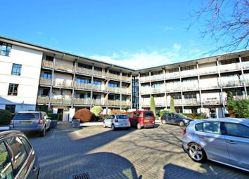 Thumbnail 2 bed flat to rent in Peninsula Square, Winchester