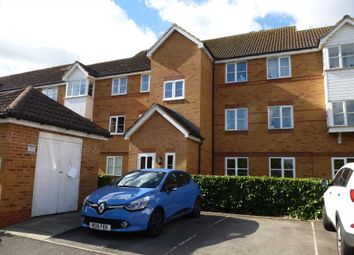 Thumbnail 2 bed flat to rent in Aspen Grove, Aldershot