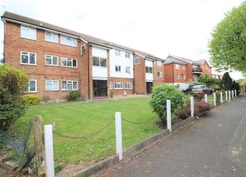 Thumbnail 2 bedroom flat for sale in Castle Avenue, Highams Park
