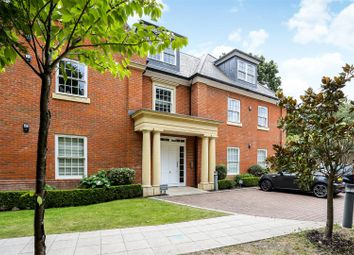 London Road, Ascot SL5. 3 bed flat for sale
