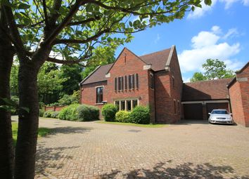 Thumbnail Farm for sale in London Road, Southborough