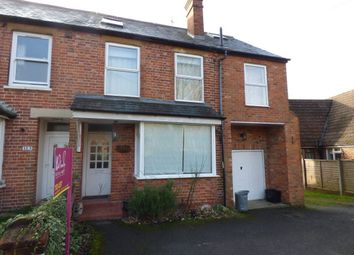 Thumbnail 5 bed property to rent in Gipsy Lane, Wokingham