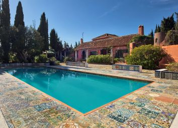 Thumbnail 3 bed property for sale in Spain, Andalucia, Estepona, Ww498