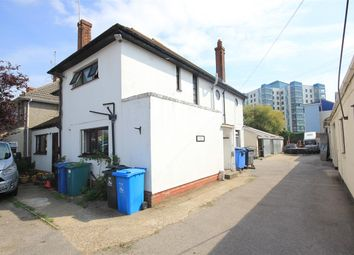 Thumbnail Room to rent in Sterte Avenue, Poole