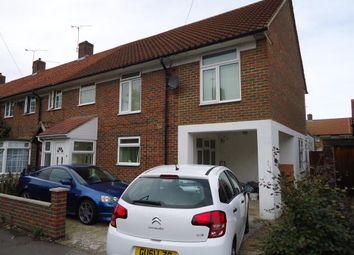 Thumbnail Studio to rent in Shaws Road, Crawley