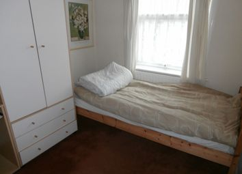 Thumbnail Room to rent in Winifred Avenue, Room 2, Earlsdon