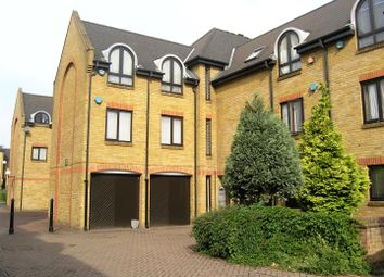 Thumbnail 2 bed property for sale in Welland Mews, London