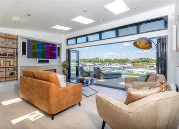 Windsor Marina, Windsor, Berkshire SL4. 2 bed lodge