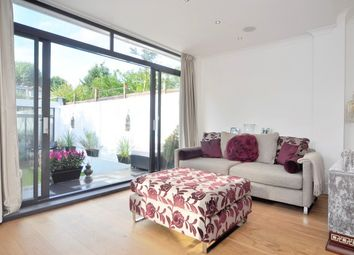Thumbnail 5 bed property to rent in Ellesmere Road, Chiswick