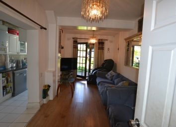 Thumbnail 6 bed terraced house to rent in Chippendale Street, Hackney