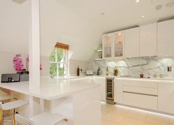 Thumbnail 2 bed flat to rent in Heronsbrook, Buckhurst Road, Ascot