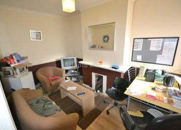Thumbnail Room to rent in Filey Road, Reading