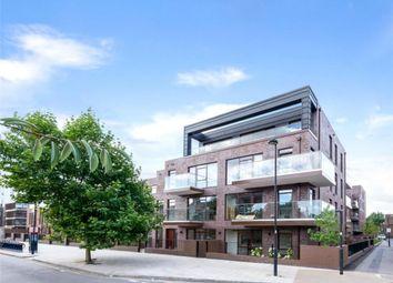 Thumbnail 3 bedroom flat to rent in 84 Lollard Street, Kennington