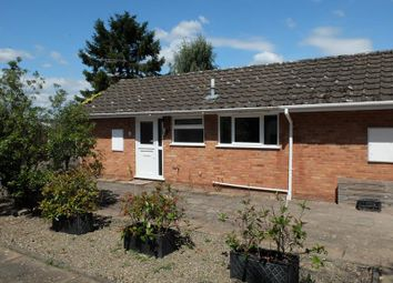 12 Queens Court, Ledbury, Herefordshire HR8. 2 bed semi-detached bungalow