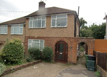 Thumbnail 1 bed maisonette to rent in Carisbrooke Avenue, Watford