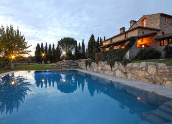 Thumbnail 5 bed villa for sale in Chianti, Siena, Tuscany