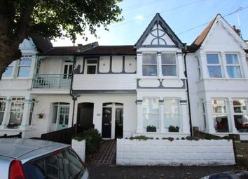 Thumbnail 2 bedroom flat to rent in Oakleigh Park Drive, Leigh-On-Sea, Essex