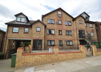 Thumbnail 2 bed flat to rent in Cantwell Road, Shooters Hill, London