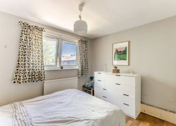 2 bed maisonette for sale in Wivenhoe Close, Peckham, London SE15