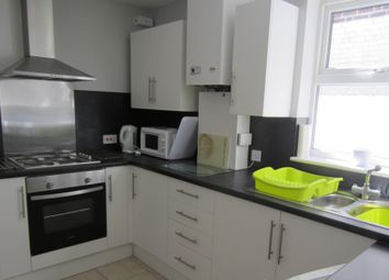 Thumbnail 4 bed property to rent in Collingwood Road, Southsea