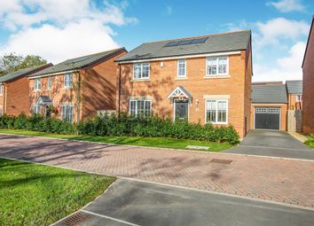 Thumbnail 4 bedroom detached house for sale in Leighfield Close, Leyland, Lancashire