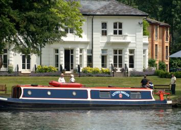 Thumbnail 2 bed flat for sale in 28 Waterview, Thamesfield, Henley On Thames, Oxfordshire