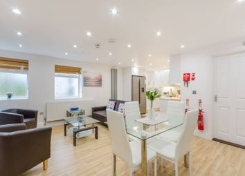 2 bed flat to rent in Park Road, Kingston, Kingston Upon Thames KT2