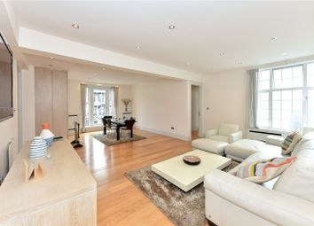 4 bed flat to rent in Berkeley Court, Marylebone Road, London NW1