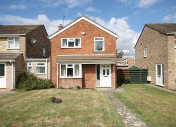 Thumbnail 3 bed detached house for sale in Oak Drive, Kidlington