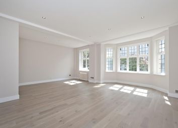 Thumbnail Flat to rent in Wellington Court, St Johns Wood NW8,