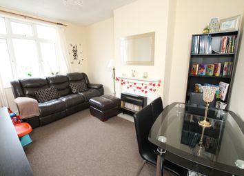 Thumbnail 1 bed flat to rent in Roneo Corner, Hornchurch