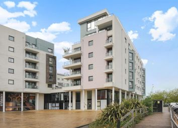 Thumbnail 3 bedroom flat to rent in Maritime Walk, Ocean Village, Southampton