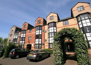Thumbnail 2 bed flat to rent in New Bright Street, Holybrook, Reading