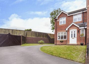 Thumbnail 3 bed town house for sale in Blackthorn Drive, Mansfield