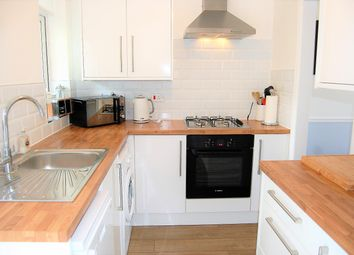 Thumbnail 2 bed flat for sale in Claybury Road, Woodford Green