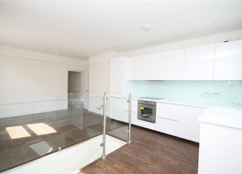 Thumbnail 3 bed flat to rent in Newton Road, Cricklewood, London