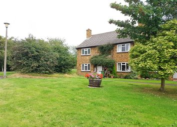 Thumbnail 2 bed property for sale in The Green, Radway, Warwick