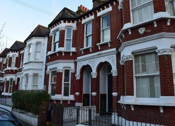 Thumbnail 1 bed flat to rent in Calbourne Road, London