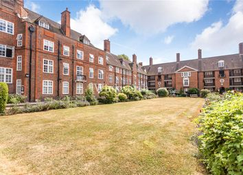 Thumbnail 1 bed flat to rent in Heathcroft, Hampstead Way, London
