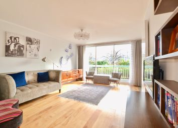Thumbnail 3 bed flat for sale in Ropers Orchard, Chelsea