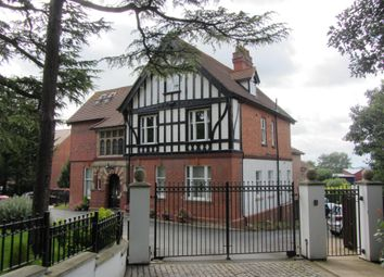 Thumbnail 2 bedroom flat to rent in Battenhall Road, Worcester